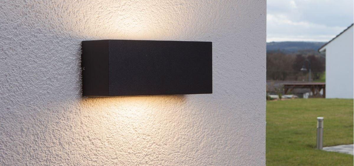 utelampe-vegg